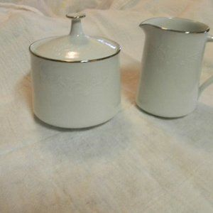 Noritaka Retired Renia Sugar and Creamer
